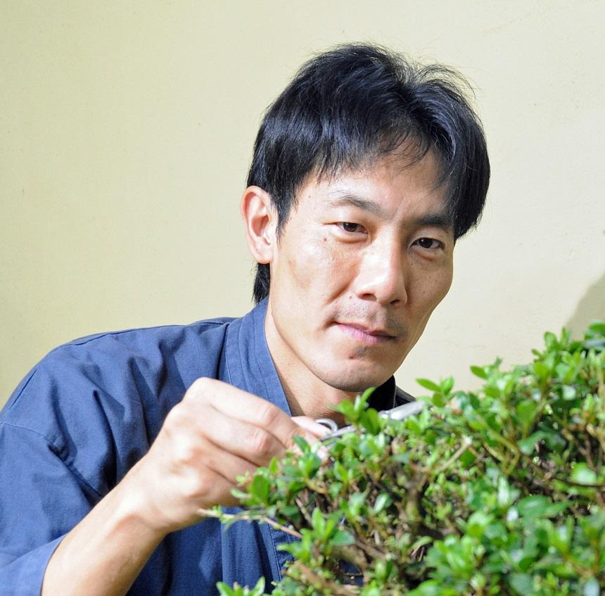 Minoru AKIYAMA (JP)